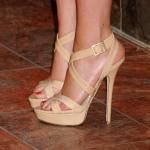 Scarlett-Johansson-Feet-422093