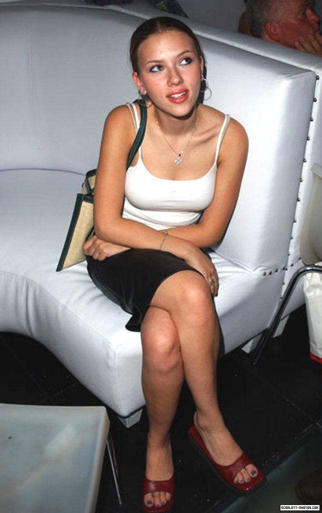 Scarlett-Johansson-Fee...