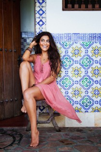 Juliana-Paes-Feet-702217