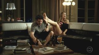 Luana-Piovani-Feet-440074