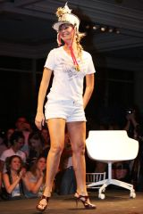 Luana-Piovani-Feet-440800