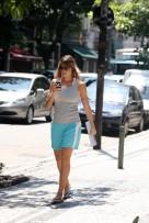 AgNews - Luana Piovani durante passeio pelo Leblon - RJ Data: 12 03 10 Fotos de: Wallace Barbosa/AgNews